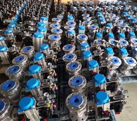 山东青岛客户批量订购的297台气动球阀发货!